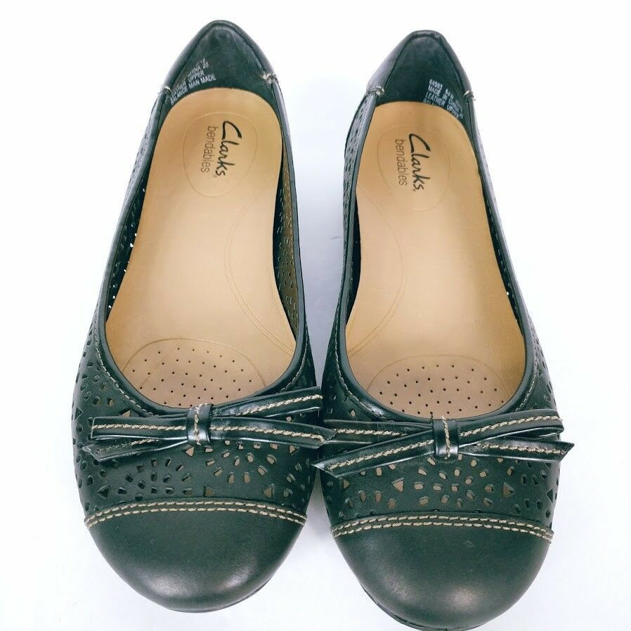 Clarks Bendables Women's Black Slip On Cut Out Perforated Ballet Flats 6.5 W