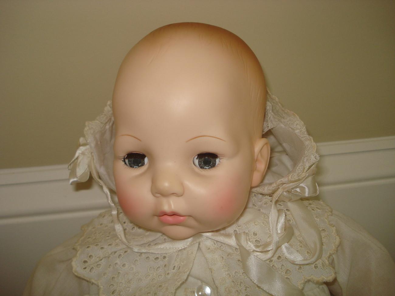 Madame Alexander Crier Newborn Baby Victoria Doll