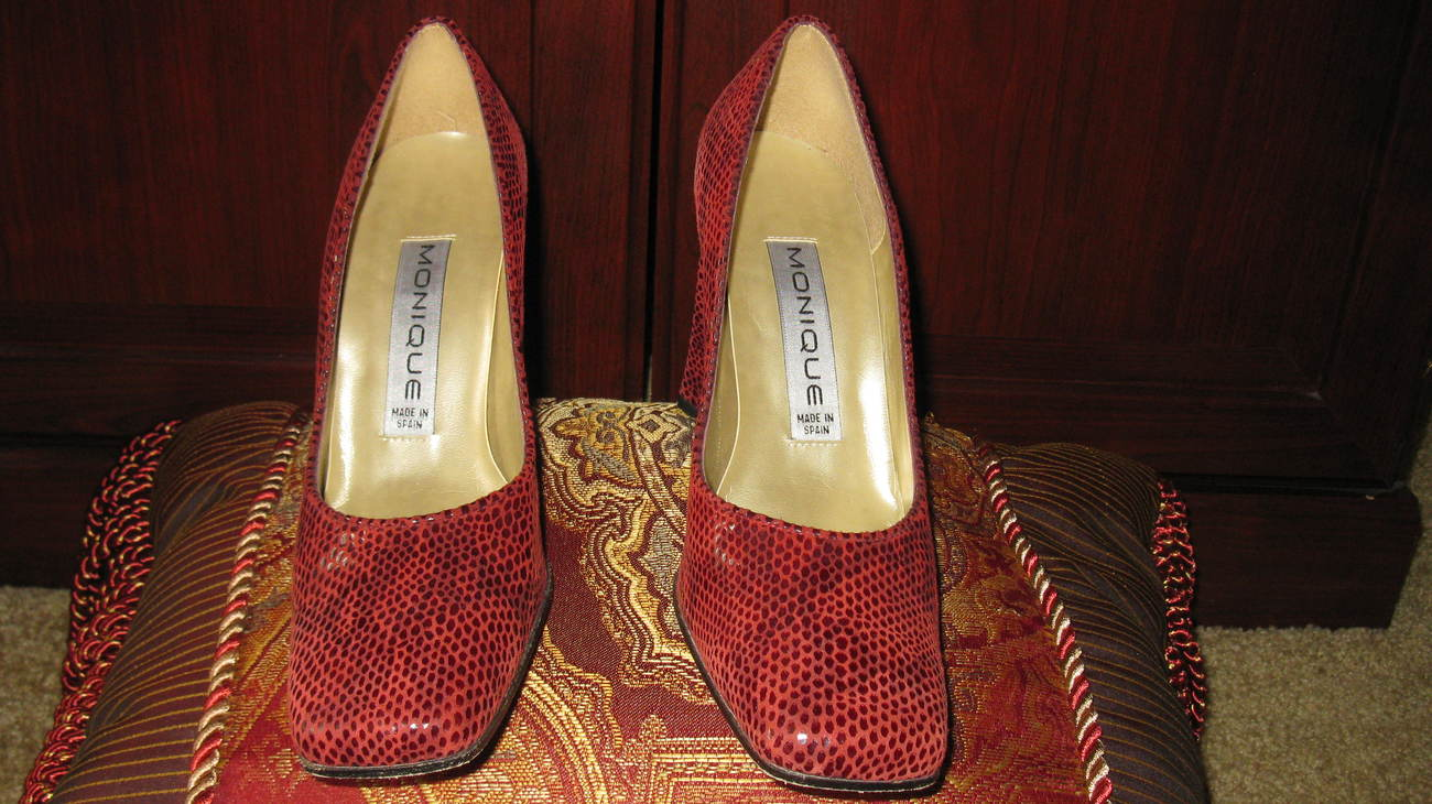 Women Pumps Burgundy Size 7.5 Medium Leather Upper, Leather Sole