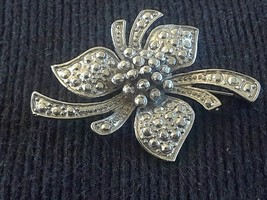 Vintage Textured Silver Tone Flower Brooch - $5.00