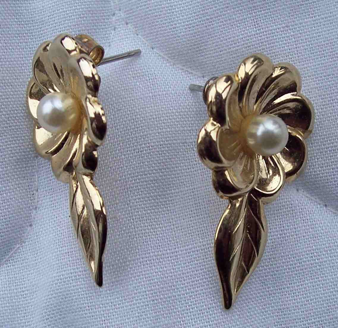 Vintage Gold Toned Floral with Pearl Stick Earrings