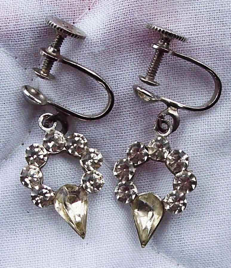Vintage Rhinestone Dangle Screw-on Earrings