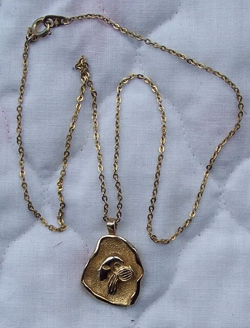 Vintage Gold Toned Aquarius Pendant & Chain