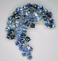 Vtg 1961 Crown Trifari Silver Blue Rhinestone Leaf Flower Pin Brooch (B) - $123.75