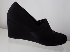 NEW YORK TRANSIT BLACK FABRIC WEDGE HEEL NWT WOMENS SHOES 10M - $28.70