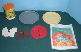 Vtg. Fisher Price Fun with Food #2136 Homemade Pizza Play Set Complete/V... - $35.99