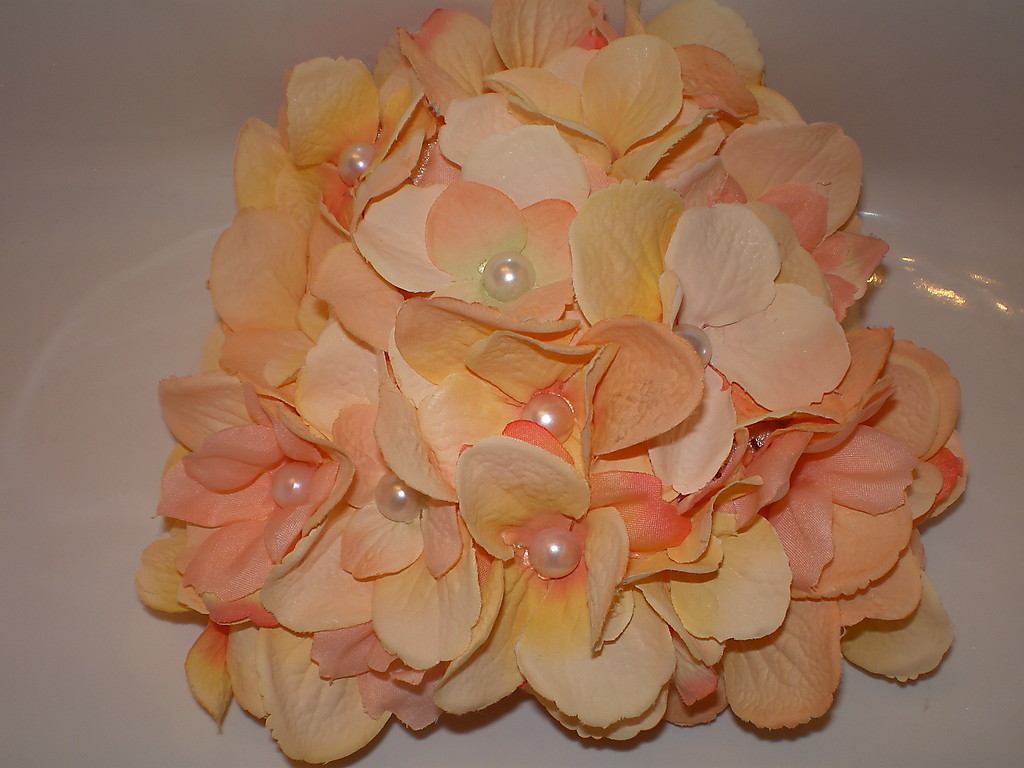 BABY GIRL PEACH COLORED FLOWER PHOTO PROP HAT