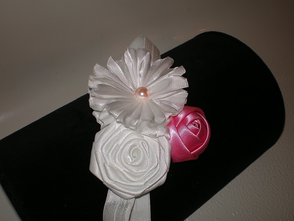 BABY GIRL SKINNY WHITE HEADBAND WITH A TRIO OF FLOWERS & BUDS PHOTO PROP