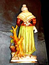 Large Old Lady Figurine with Corn and Basket AA19-1564 Vintage image 6