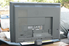 LG 42LC2D LCD TV for parts ( plz use Make Offer button ) - $60.00