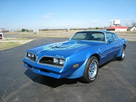 Pontiac Trans Am 1977 Blue rims, 24 x 36 Inch Poster, formula, 6.6 engine  - $18.99