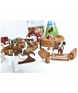 Horse Farm Bucket 71 pieces Horses Barn Vehicles Fencing People Big Toy Set - $9.69