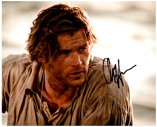 Primary image for CHRIS HEMSWORTH Signed Autographed Photo w/ Certificate of Authenticity