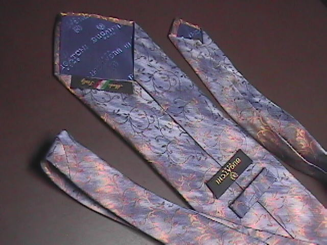 Bugatchi Uomo Silk Neck Tie Italian Abstractions in Blues Hand Made