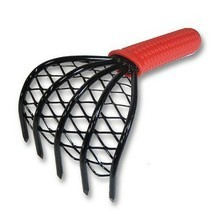 ARC Made in Japan Kumade Claw Rake and Cultivator - Rubber Grip - $19.17