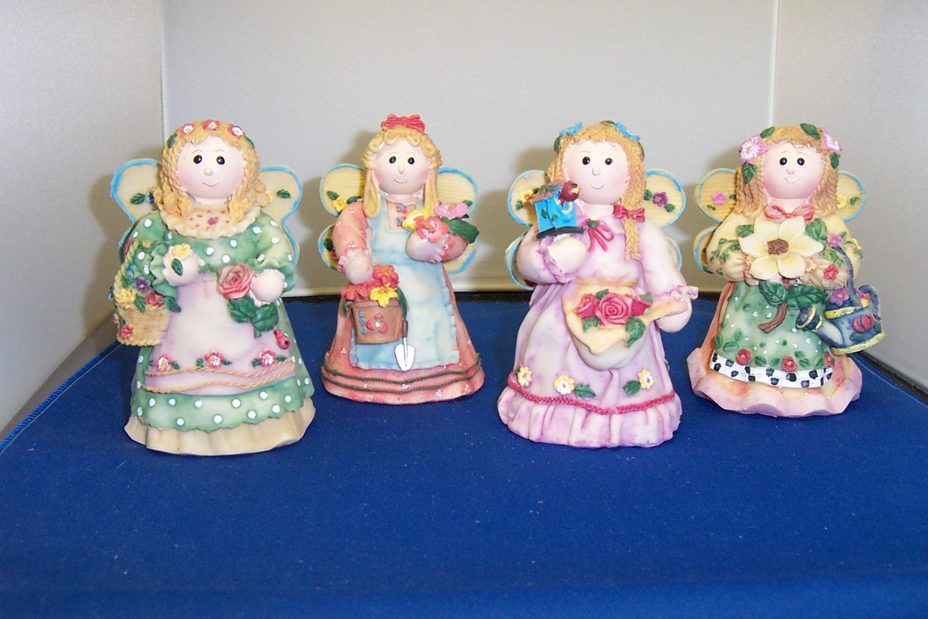 Set of 4 GARDEN ANGEL FIGURINES CUTE AND COLORFUL - NEW