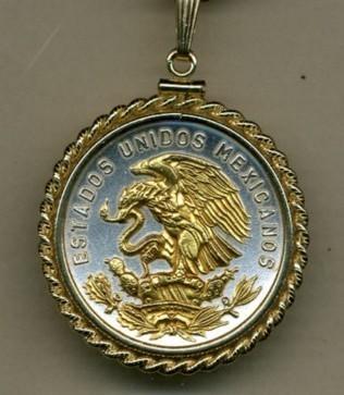 "Mexican 20 centavo ""Eagle"" coin pendant & 14 chain"