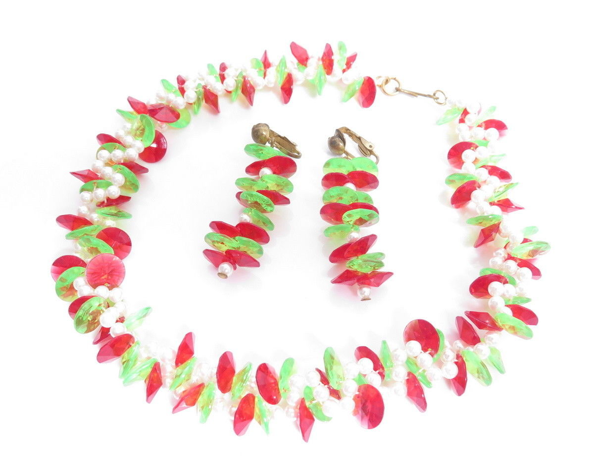 Vintage Faceted Red & Green Plastic Bead Necklace Earrings with Faux Pearls A908