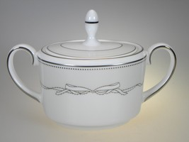 Vera Wang By Wedgwood Love Knots Covered Sugar NEW NEVER USED Made in UK - $23.33
