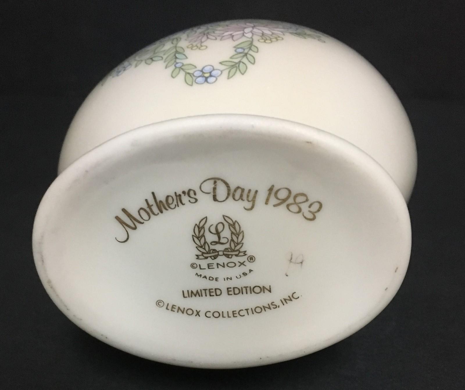 "Lenox Mother's Day 1983 Swan Porcelain Vase Limited Edition 8"""