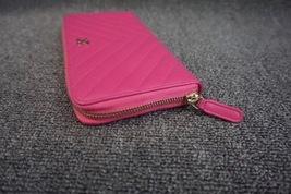 100% AUTH CHANEL Chevron Fuchsia Pink Lambskin Zip Around Wallet Clutch Bag image 9