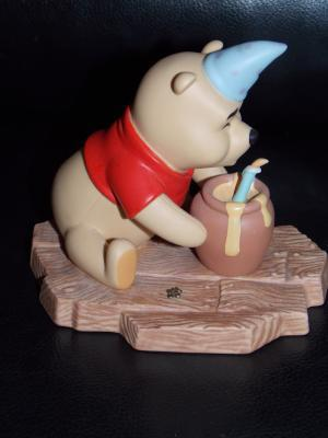 Disney Winnie The Pooh Hip Hip Poohray For Birthdays Porcelain Figurine