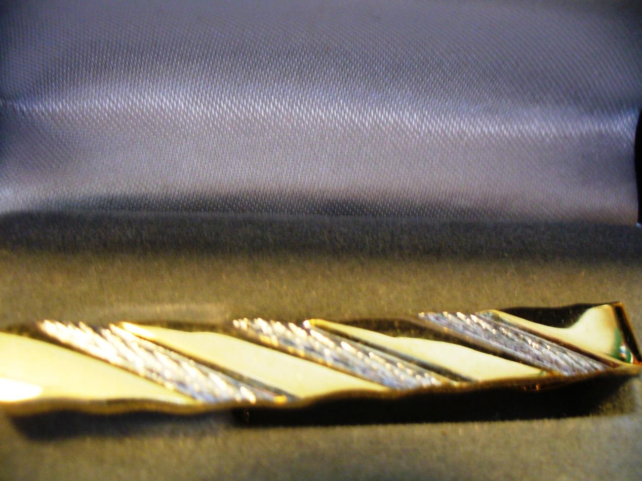 Gold Tone and Silver Stripe Tie Clasp