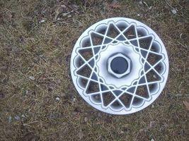 "1996 1997 Chrysler Town Country 15""  Wheel Cover Oem - $66.48"