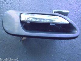 1996 1997  Continental Right Rear Door Handle Gray Tt - $75.61