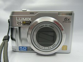 Panasonic LUMIX DMC-LZ2 5.0MP Digital Camera Silver Memory Card Case - $22.80