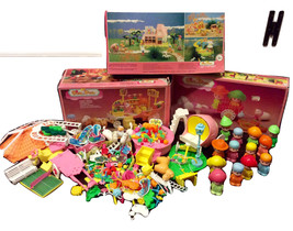 1984 Pin y Pon Dolls, Accessories & Play Sets M... - $275.00