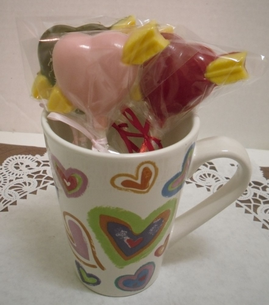 Primary image for A dozen heart and arrow lollipops