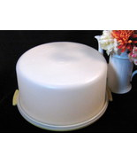 Vintage Tupperware Large Round Cake Carrier or Taker - $28.99