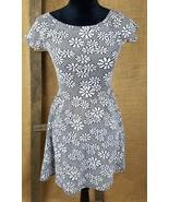 Topshop women's 6 short sleeve floral textured knit A-Line dress above knee - $29.65
