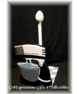 Paper Towel Holder New Vintage Old-Fashioned Mixer - $14.95