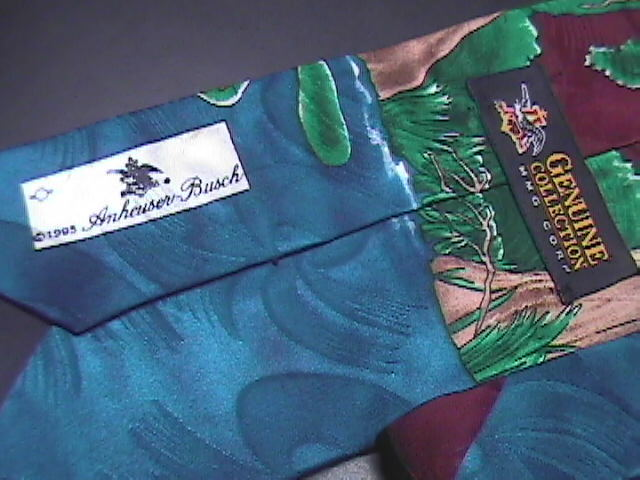 Anheuser Busch Neck Tie Budweiser Frogs On Lily Pads in Pond 1995 Bud Blue Green