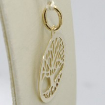 18K YELLOW GOLD TREE OF LIFE ROUND FLAT PENDANT CHARM, 1.0 INCHES MADE IN ITALY image 2