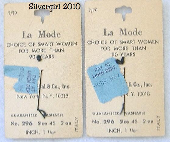 La Mode Vintage 4 Hole Navy Blue Streaked Buttons