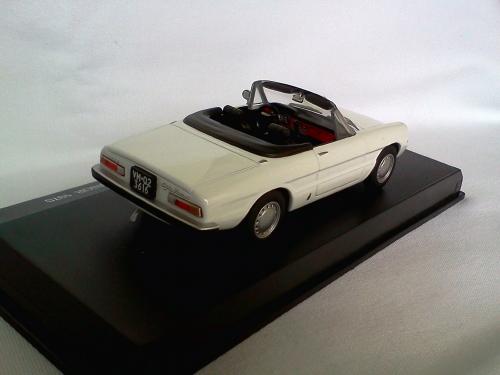 Alfa Romeo Spider 1300 Junior 1970 White 1/43 Die Cast Model Car