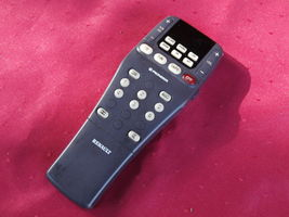 RENAULT  REMOTE CONTROL FOR PIONEER STEREO SYSTEMS 6025 30 1086 D - $9.88