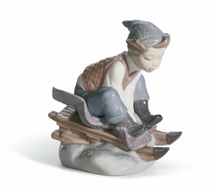 Lladro Porcelain Retired 01008264 Look out below! New in Box Boy Snow 8264 - $327.25