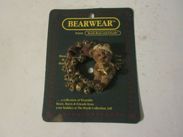 1994 Boyds Bears & Friends Bearwear Brooch Pin Christmas Bell Wreath & Bear - $9.99
