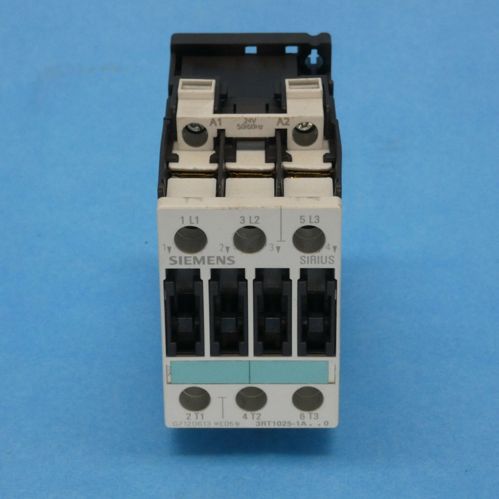Primary image for Siemens 3RT10251AC20 Sirius S0 IEC Contactor 3 Pole 24 VAC Coil