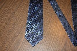 Men Men's Neck Tie Kenneth Cole Reaction Blue Silk - $7.84