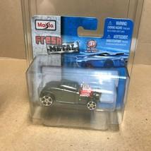 Grey Knuckle Dragger NIB Maisto  Diecast Car BA - $9.41