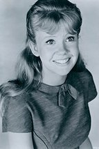 Hayley Mills 16X20 Canvas Giclee Lovely 1960'S Smiling image 1