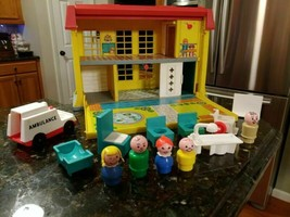 Vintage Fisher Price Little People Children Hospital 1976 #931 Set Lot - $114.95