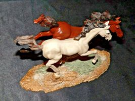 Brown and white Horse figurine AA19-1691 Vintage image 5