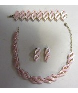 Vintage Pink Thermoset matching Necklace Bracelet Earring set - $61.75