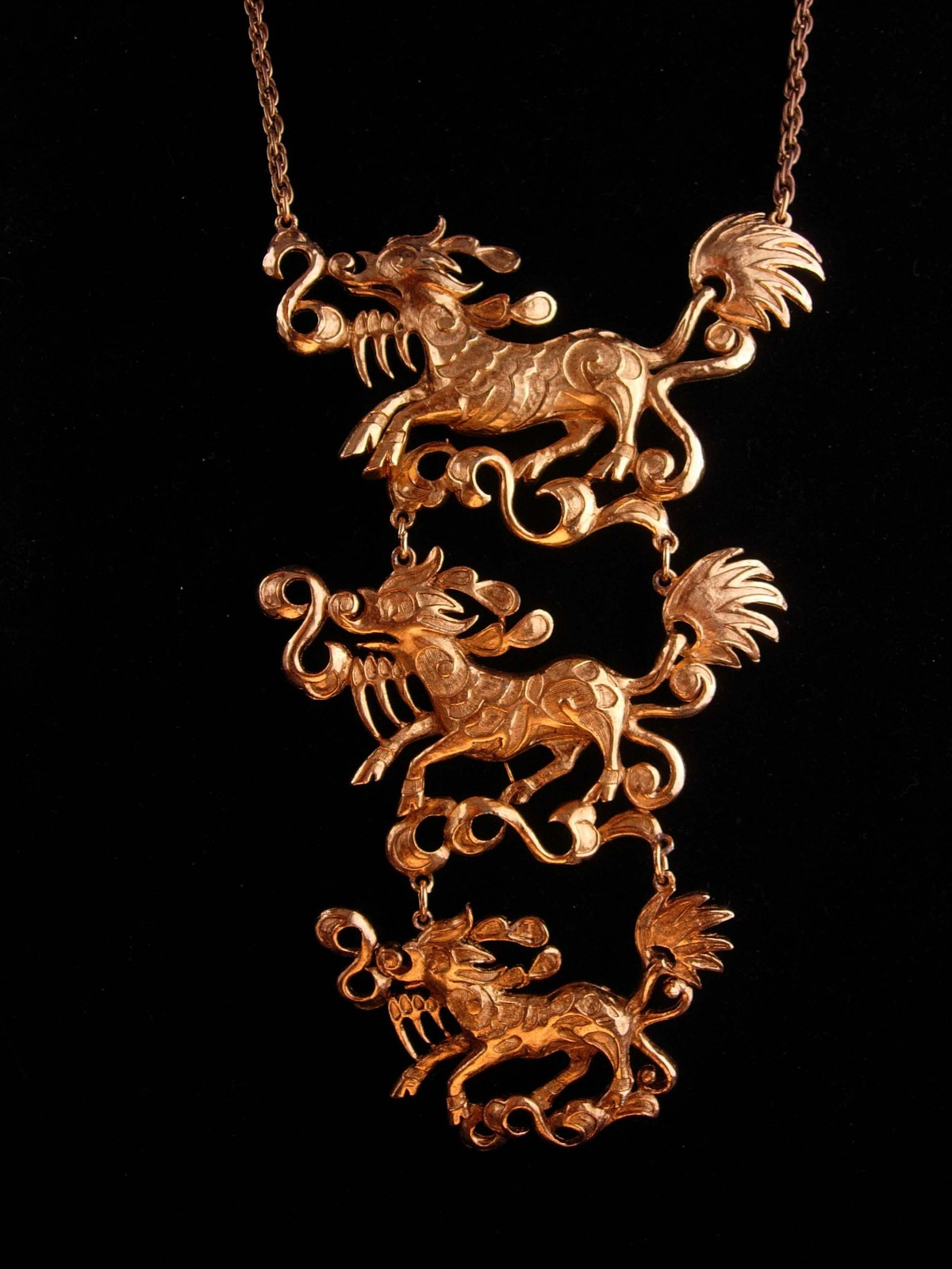 Vintage Dragon necklace - Huge Gothic creatures - chinese  mythical drop chandel
